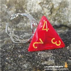 Bague Sang dé 4 rouge - bijou rôliste pour fan de Jeux de Rôle
