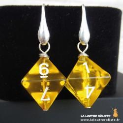 Boucles d'oreilles dés 10 jaune : cadeau JDR pour rôliste